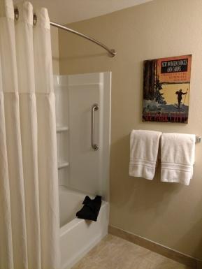 VRBO 436672 Bathroom tub (1)