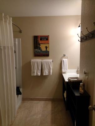VRBO 43672 Bathroom overview